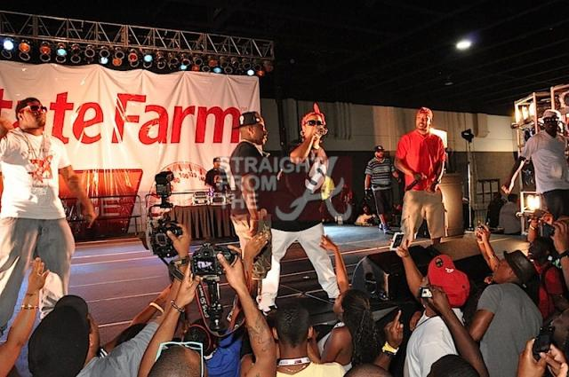 Brat-onstage-withDemFranchizeBoyz