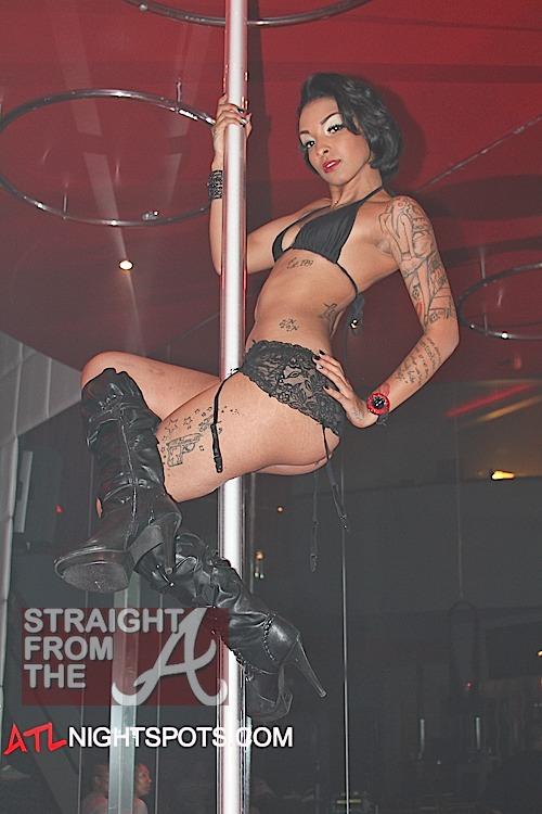 Club right strip track