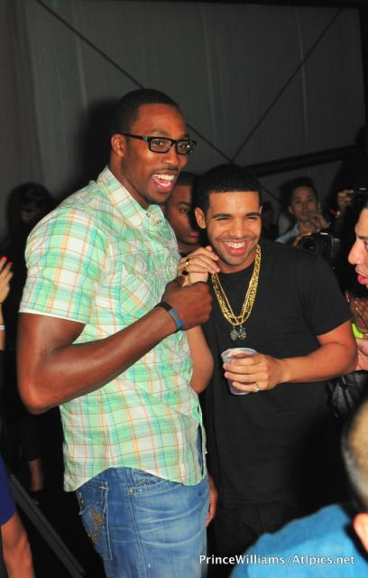 Drake Hosts NBA All-Star Party 022612 (19)