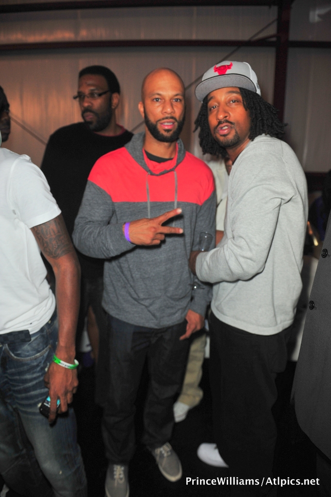 Drake Hosts NBA All-Star Party 022612 (22)