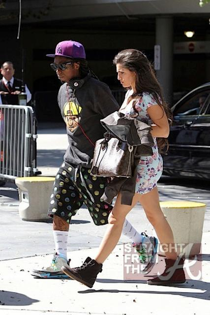 Lil Wayne and Dhea Hit Lakers Game 030412-5