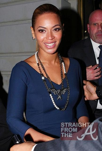 Beyonce and Jay-Z Leave NOBU 031912-10