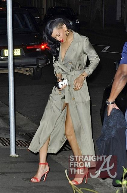 Rihanna Naked Under Trenchcoat 041112-10