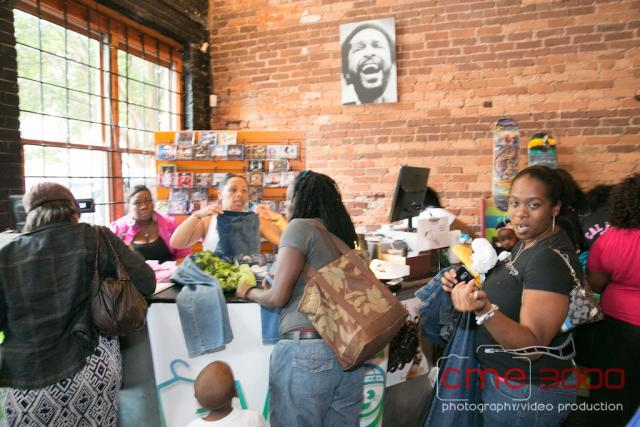 BlackCelebrityGiving (BCG) Hosts The Giving Boutique 2013-5