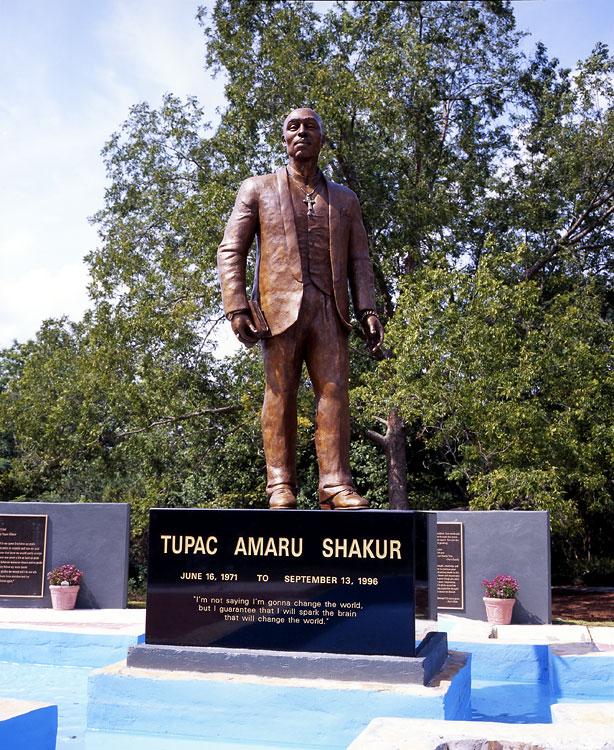 ts-statue