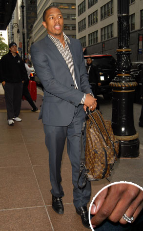 nick-cannon-girly-ring.jpg