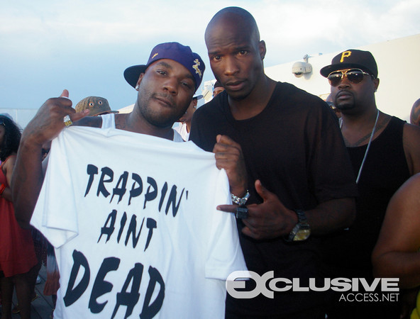 "Jeezy & Chad ""Trappin ain't dead"""