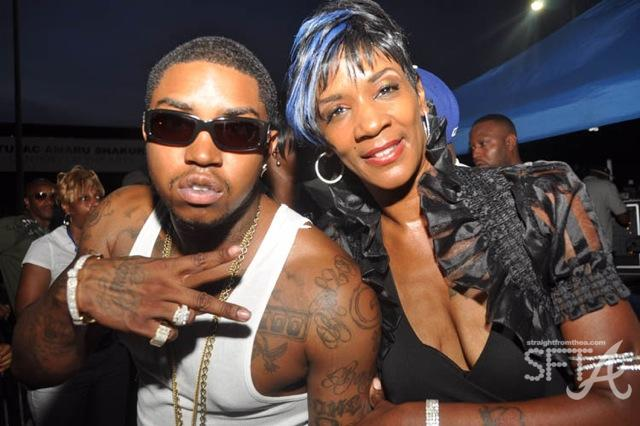 Lil Scrappy & Fan
