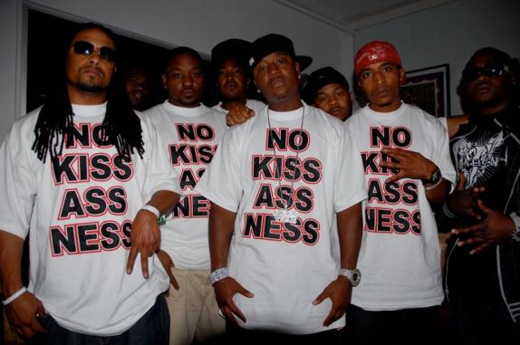 yung-joc-no-kiss-assness