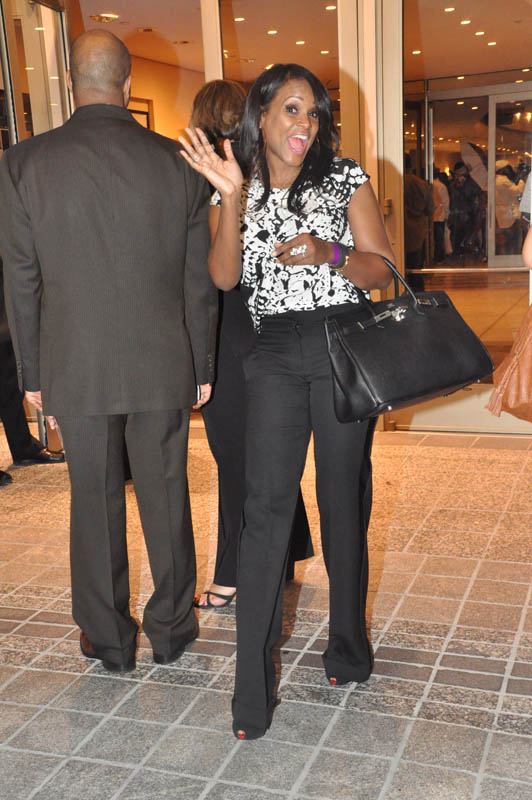 Tameka Foster Glover Raymond ~ Your Fly is Open