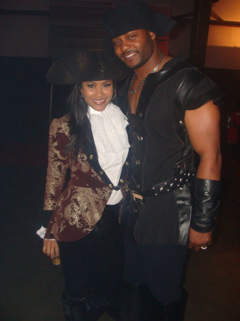 Lisa Wu-Hartwell and Hubby Ed Hartwell ~ Halloween 2009
