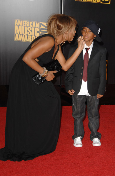 toni-braxton-and-son-3