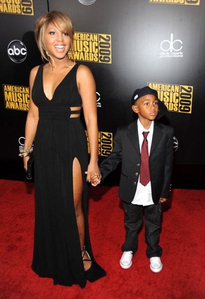 toni-braxton-and-son