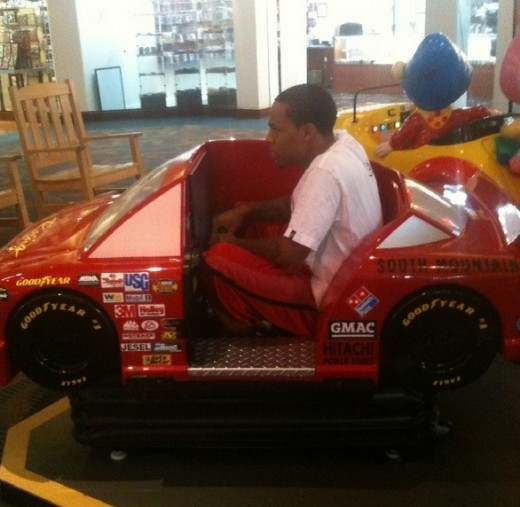 bow wow tattoos. Bow Wow's New Whip Twitpic