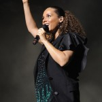Alicia Keys Takes a Tumble… [VIDEO]