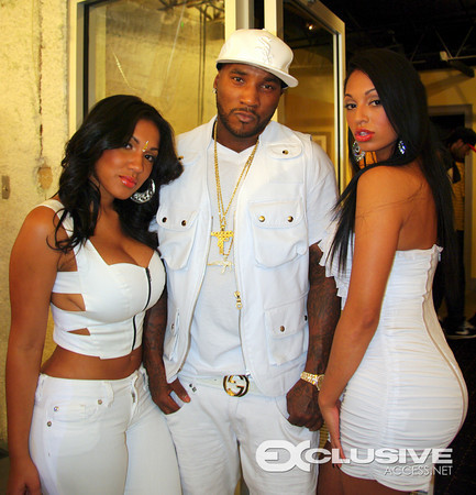 behind the scenes of young jeezy�s �all white everything