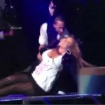 Mariah (and her Baby Bump) Take a Tumble… [VIDEO]