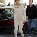 Rihanna+Matt+Kemp+cuddle+up+two+spotted+shopping+vSJs1VJ4KZll
