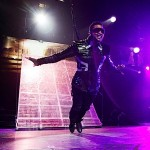 """Behind the Scenes of Usher's """"OMG"""" Tour ~ [PHOTOS + VIDEO]"""