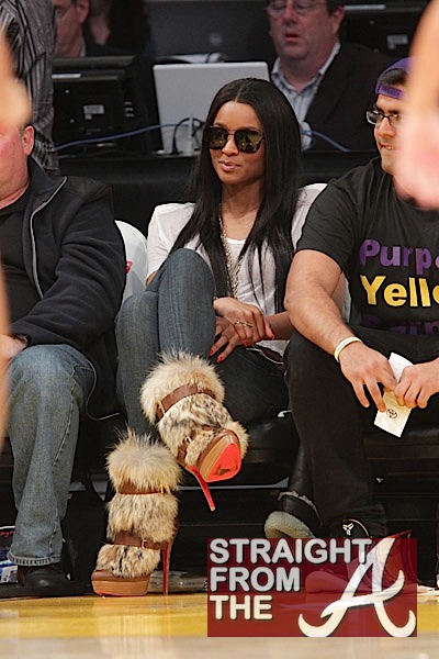 Who Knew Kobe Bryant Was a Mike Vick Fan? + Courtside with