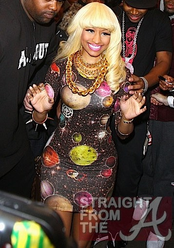 OUT+WORLD+Nicki+Minaj+wears+striking+solar+HUy9f-achrvl