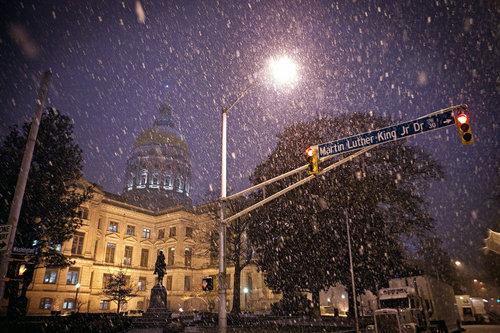 صور للثلج مرة روعة Slideshow_1002037862_Severe_Weather.JPEG-01469