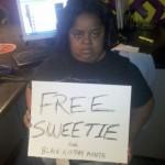 "Kim Zolciak Sells Baby Bump Bikini Pics (PHOTOS) + ""FREE Sweetie!"" Campaign Gains Steam…"