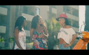 Cassie Wiz Khalifa Roll Up