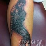 Da Brat Inks Tatt in Honor of Michael Jackson… [PHOTOS]
