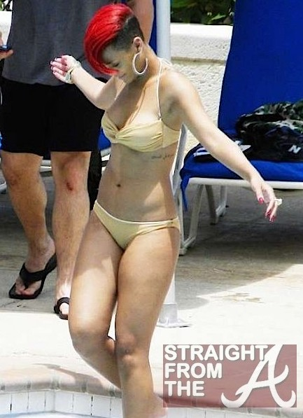 rihanna bikini body 2011. Rihanna and her ikini in