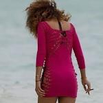 Rihanna Blunt Hawaii-23