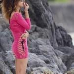 Rihanna Blunt Hawaii-28