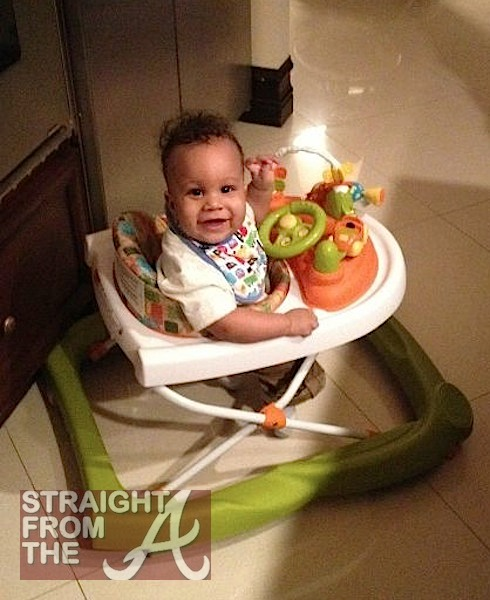 Quick Flix The Game S Tia Mowry Shows Off Her Baby Boy