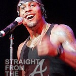 "He's Back! D'Angelo Hits Stage After 11 Year Hiatus w/New Song! ""Sugar Daddy"" [PHOTOS + VIDEO]"