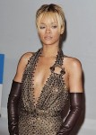 Rihanna Brit Awards 022012-12