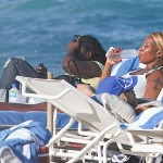 Mary j Blige Beach 031712-4