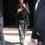 Beyonce Blue Ivy 040212-9