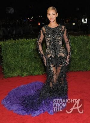 Beyonce 2012 Met Gala NYC 050712-15