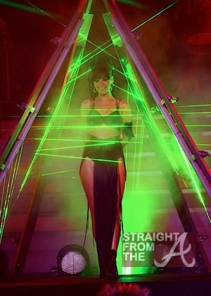 Rihanna American Idol 052312 StraightFromTheA - 2