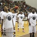 Chris-Brown-Celebrity-Basketball-Game-9-30-17-of-37