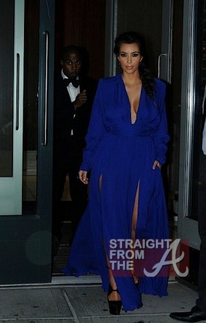 Kim Kardashian Kanye West 102212-4