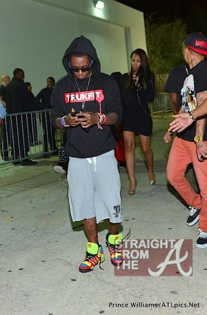 Lil Wayne Leaving Compound 100612