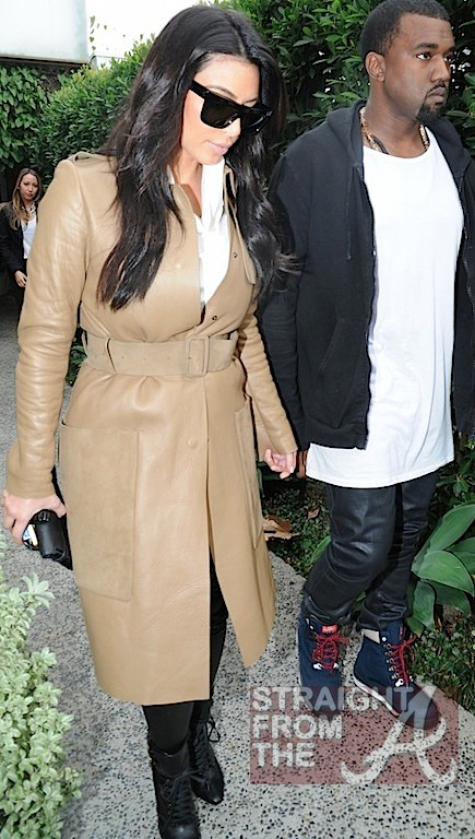 Kim Kardashian Pregnant-10
