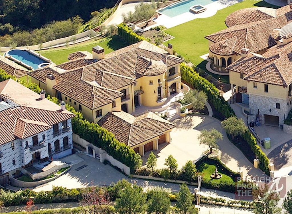 kanye kim kardashian mansion 3 straight from the a sfta. Black Bedroom Furniture Sets. Home Design Ideas