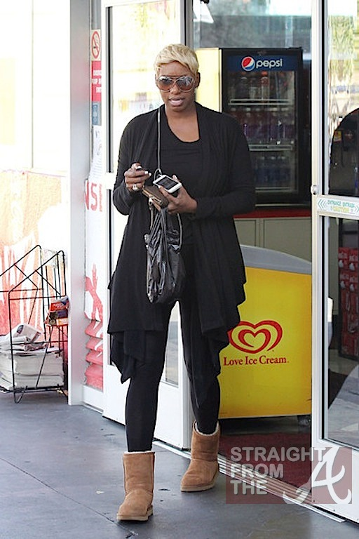 nene leakes wardrobe malfunction-13