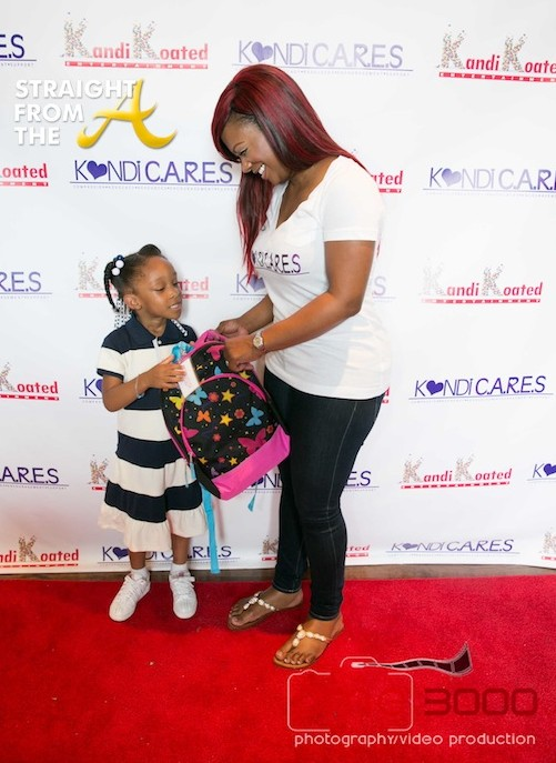 kandi cares back to school event 2013-13