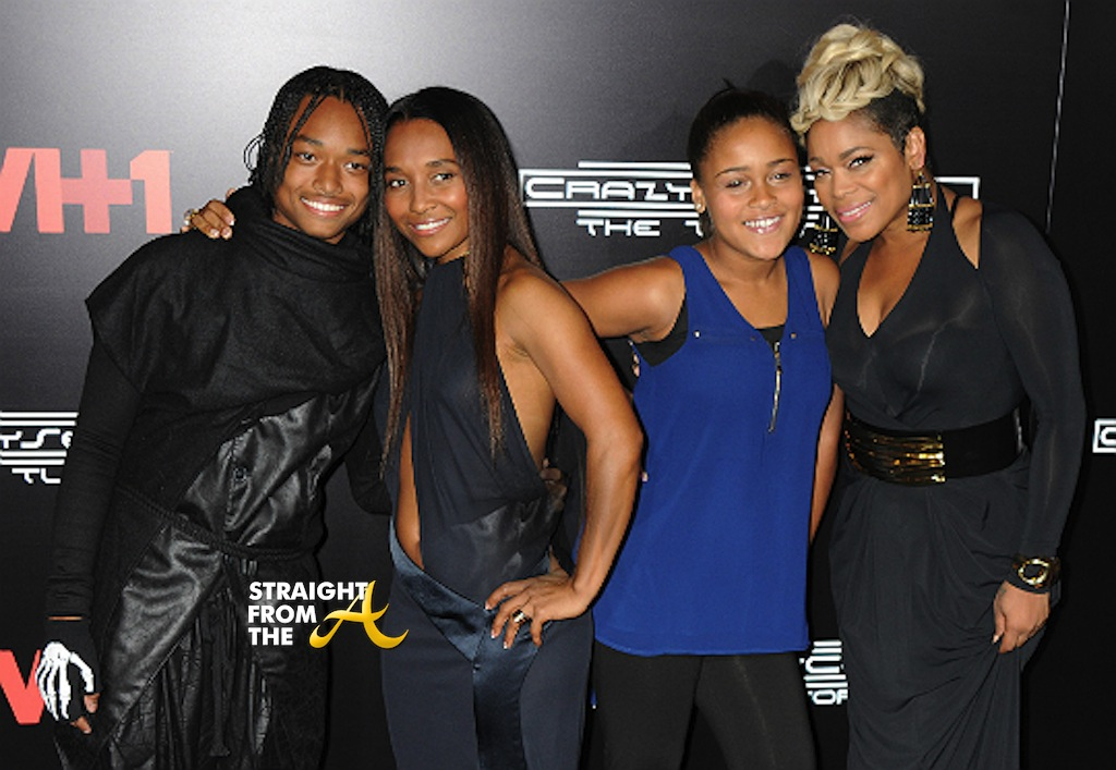 "tlc chilli dating dallas Following lisa ""left eye"" lopes' tragic passing in 2002, tionne ""t-boz"" watkins and rozonda ""chilli"" thomas have continued the band's legacy through live."