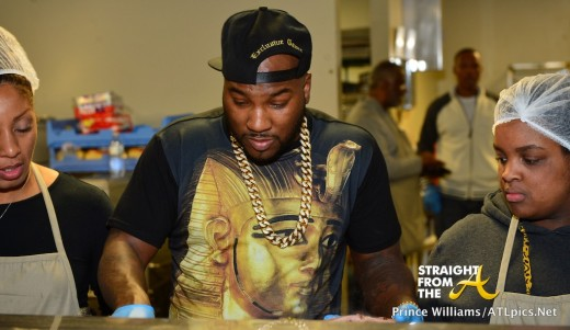 Jeezy Feeds Homeless-24