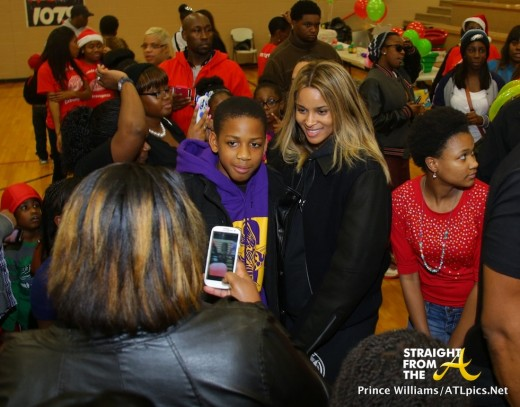 Ciara and Fans StraightFromTheA 1