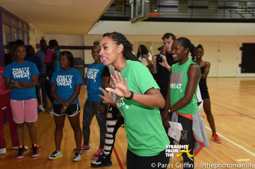 Keri Hilson OMG Girlz Pretty Girls Sweat-16